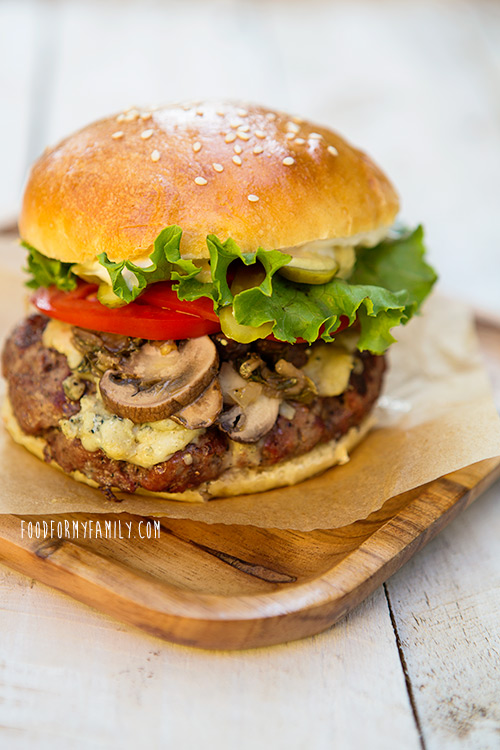 How to Build a Better Burger via FoodforMyFamily.com