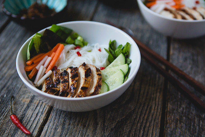 Lemongrass Chicken Rice Noodle Bowls: Bun Ga Nuong recipe | FoodforMyFamily.com
